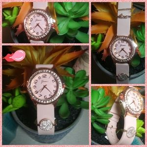 Geneva Rubber Light pink Watch (NWT)🌸